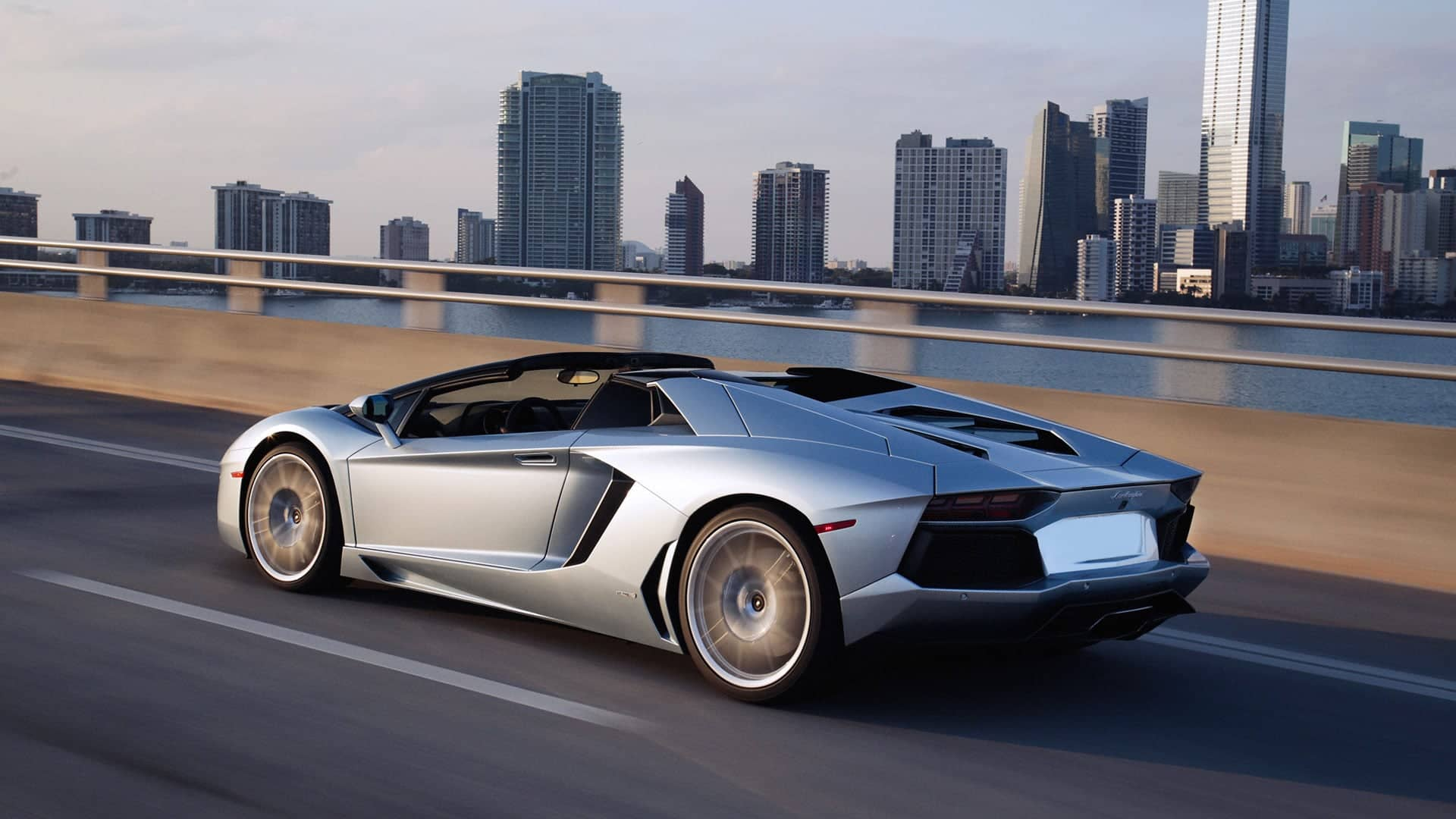Lamborghini Aventador Roadster , Pictures, Videos