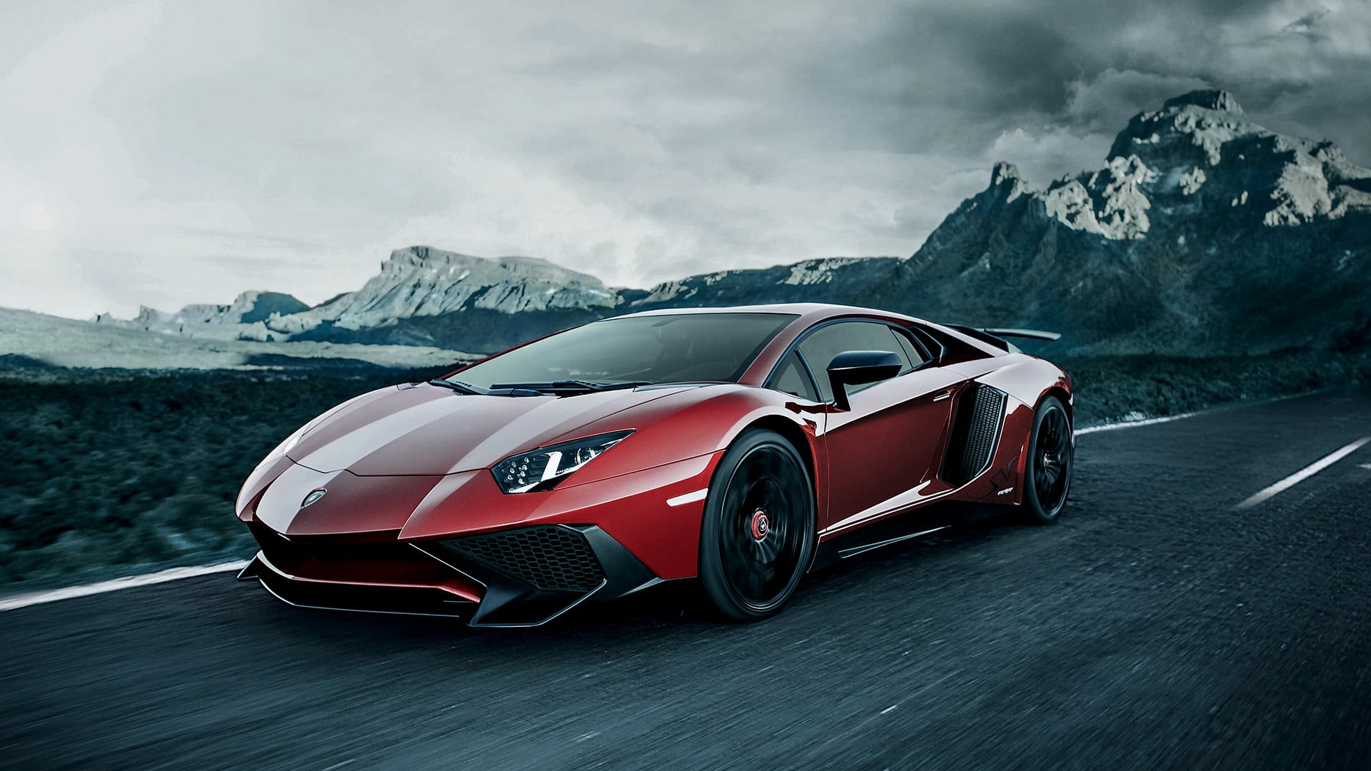 Lamborghini Aventador Superveloce Coupe Pictures Videos
