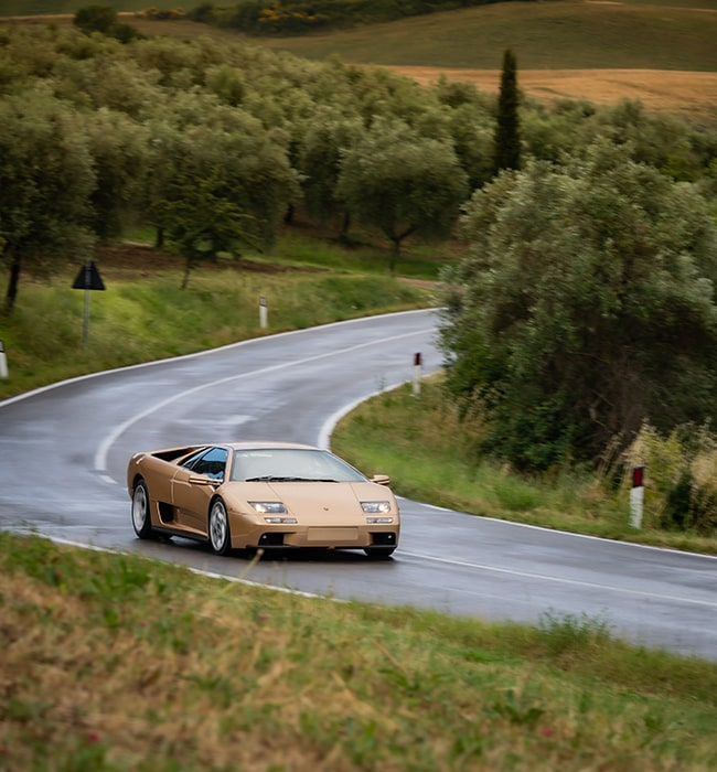Lamborghini Diablo's 30th anniversary with Cesare Cremonini