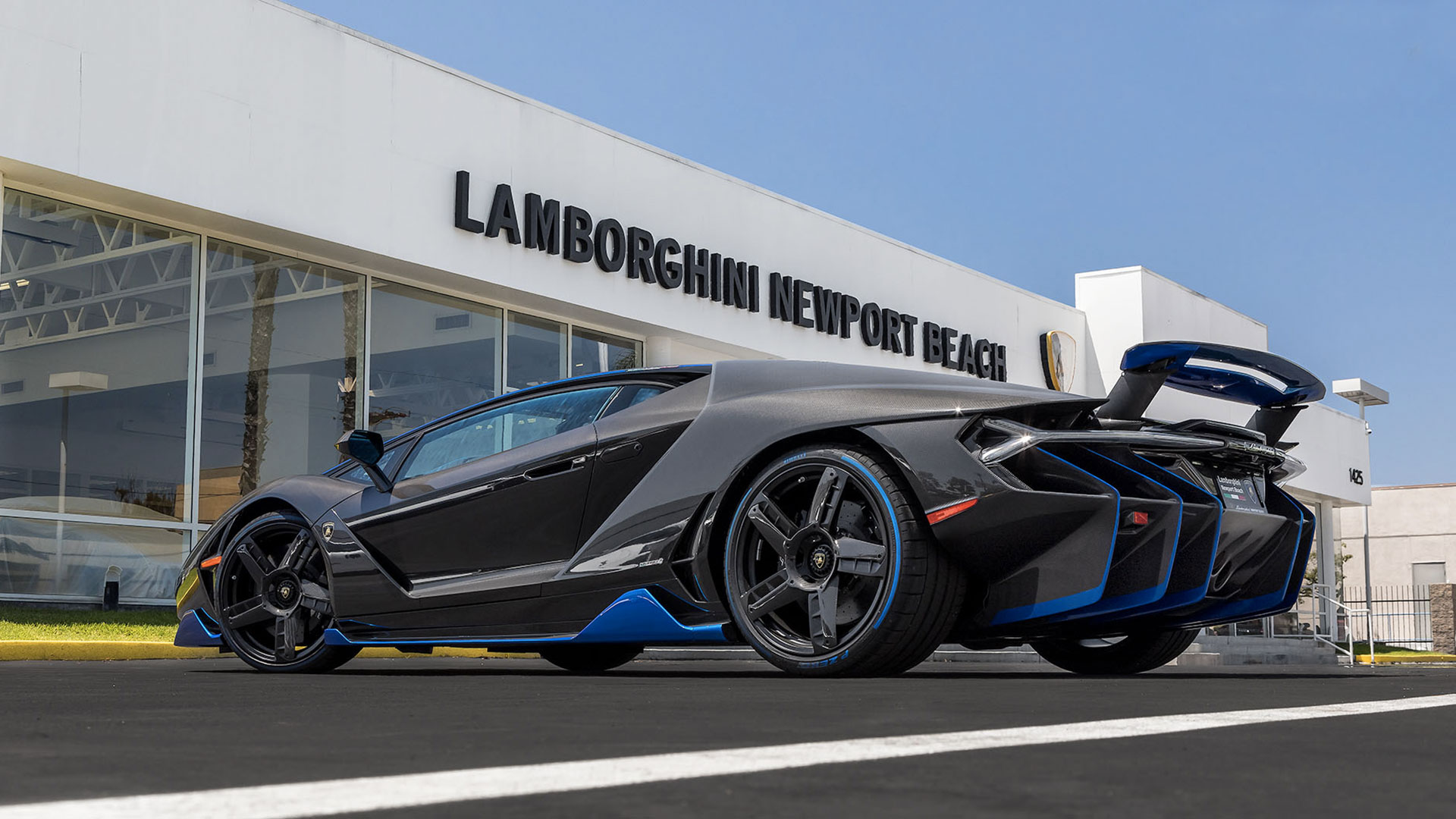 The First Centenario Lands In North America